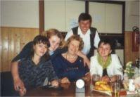 Helga Tippel und das Team aus der Ukraine.
