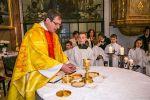 Pfarrer Georg Stockert bei einer Erstkommunionfeier