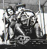 Ing. Warchalowski pilotiert seine Schwägerin